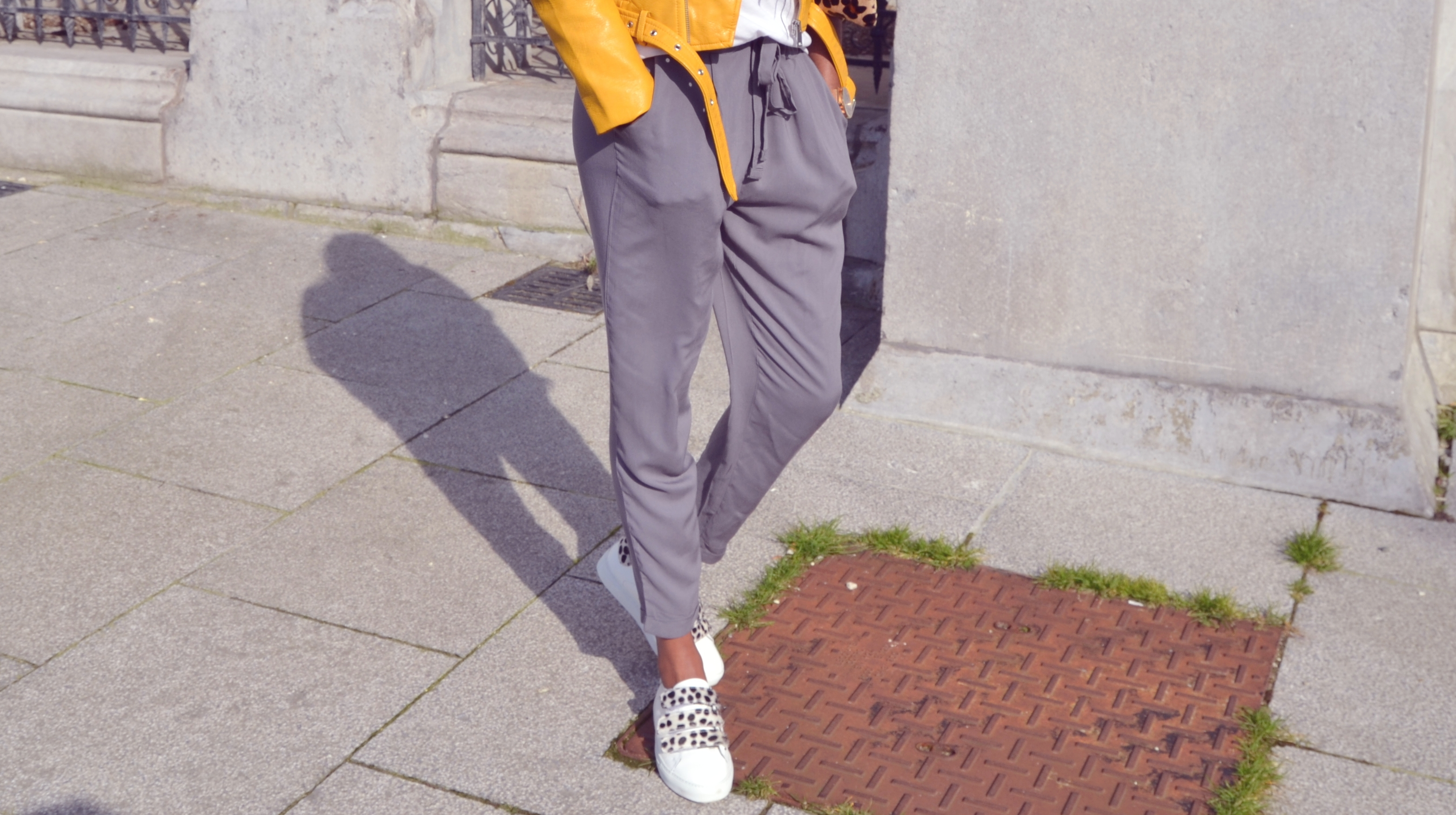 ESTHER KANTU [Yellow perfecto] N°5 Primark pants